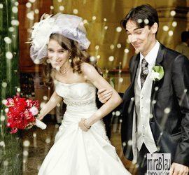Foto Reportaje boda, arroz. Momento salida boda civil en el Ayuntamiento.