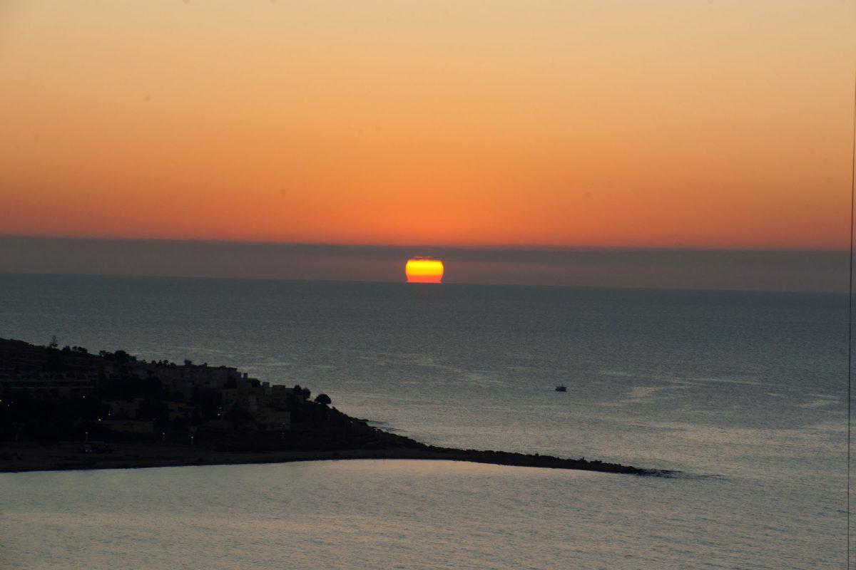 Foto Amanecer en Alicante.