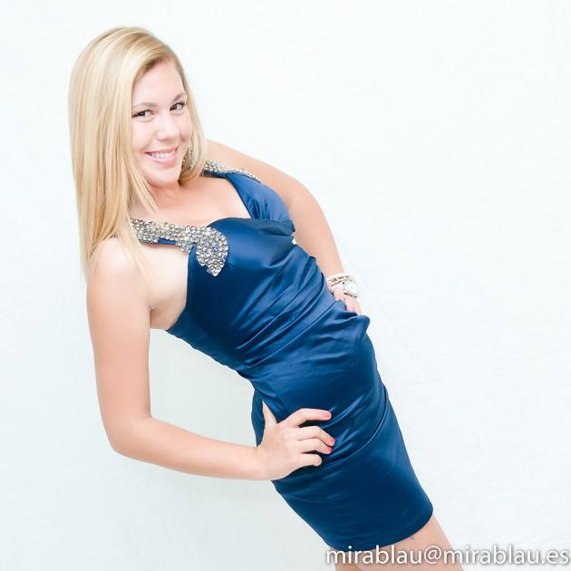 foto Retrato Estudio Joven vestido de gala.