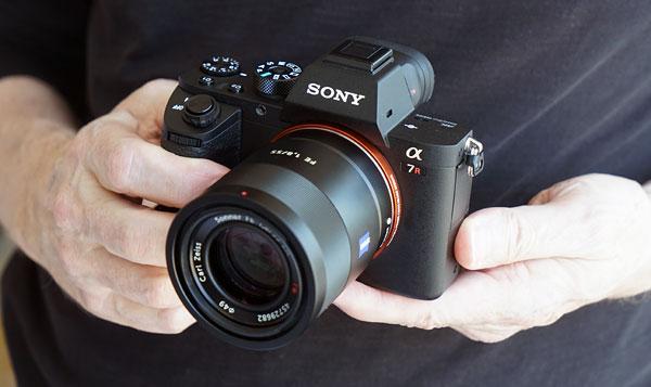 Sony-a7r-ii