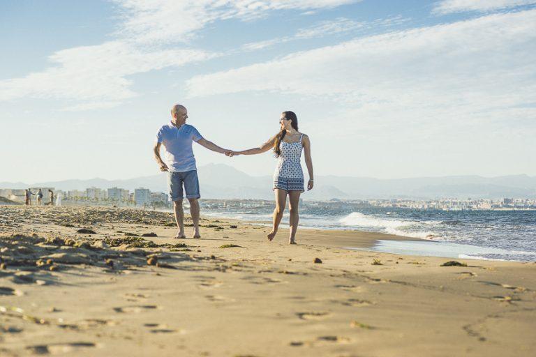 Preboda-en-la-playa-paseo-orilla