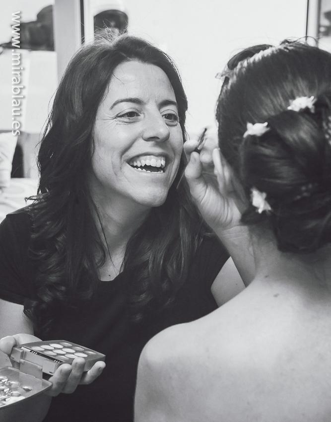 Maquillando-a-la-novia