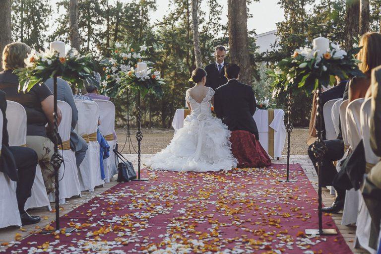 Ceremonia-en-jardín-finca-Casa-Boch-05
