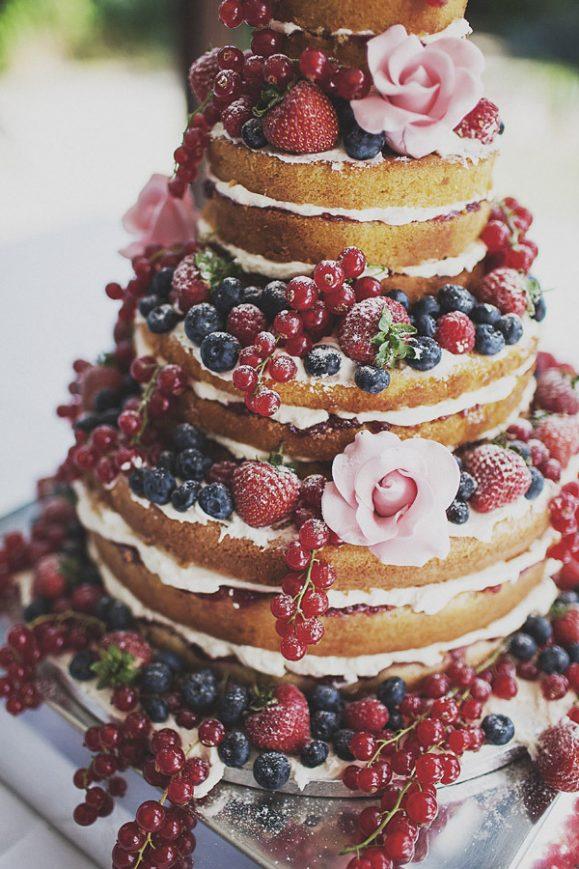 Tarta-boda-frutos-del-bosque