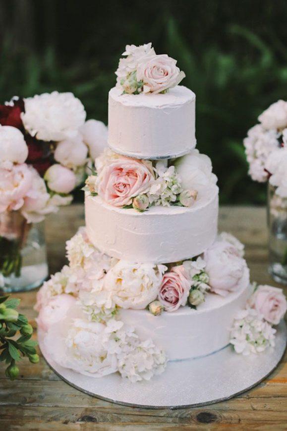 Tarta-boda-tres-plantas-rosas